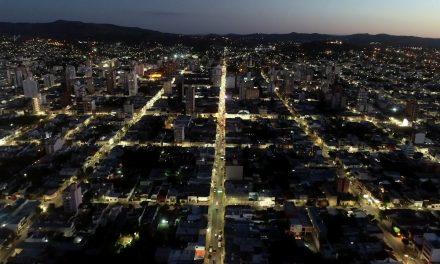 <span style='color:#e57026;font-size:15px;'>Eficiencia energética</span><br/><span></span><p/>Ya instalaron más de 5000 lámparas LED en el alumbrado público de Tandil